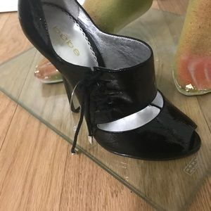 Bebe patent leather shoes